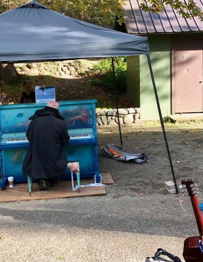 Pianos-for-peace-Lithia-Park-2