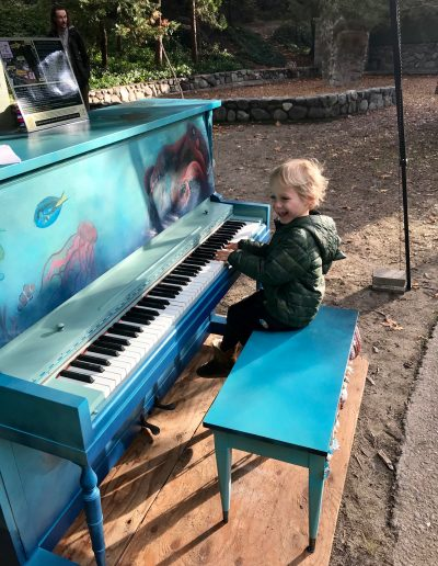 Pianos-for-peace-Lithia-Park-3